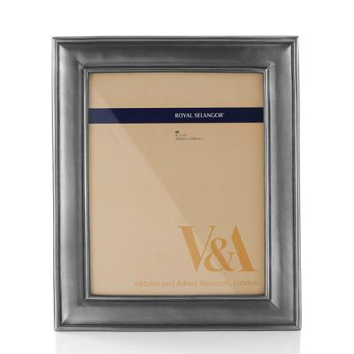 Royal Selangor English Photo Frame (8R)